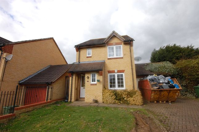Thumbnail Detached house for sale in Mountview Close, Vange, Essex