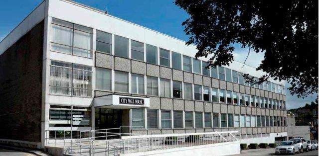 Leisure/hospitality to let in Eastwood Avenue, Shawlands, Glasgow