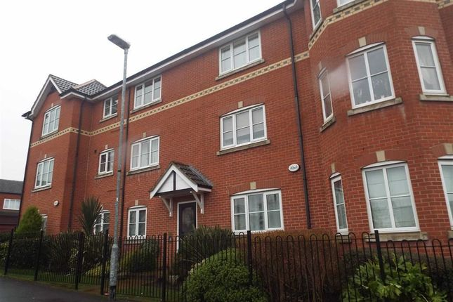 Thumbnail Flat to rent in 19, Chorley Place, Bolton