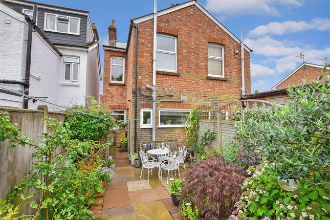 Thumbnail Semi-detached house for sale in Southwood Road, Rusthall, Tunbridge Wells, Kent