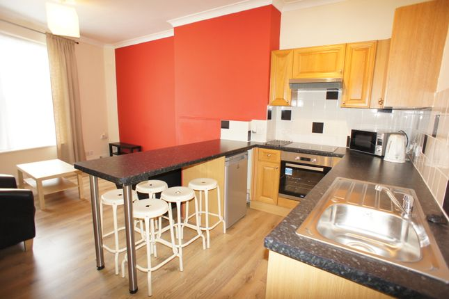 Thumbnail Flat to rent in Gloucester Road, Bishopston, Bristol
