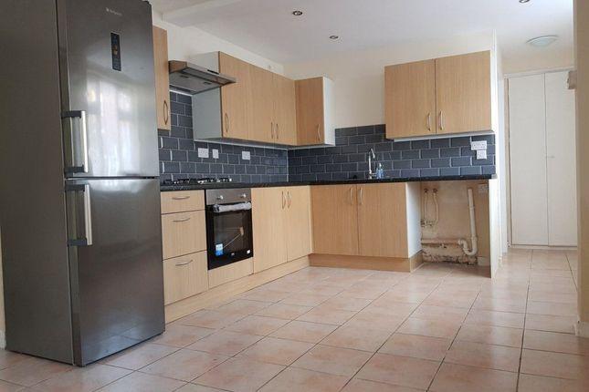 Thumbnail Flat to rent in Alma Road, Peterborough
