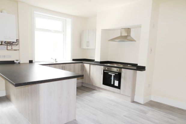 2 bed property to rent in Bath Street, Colne BB8
