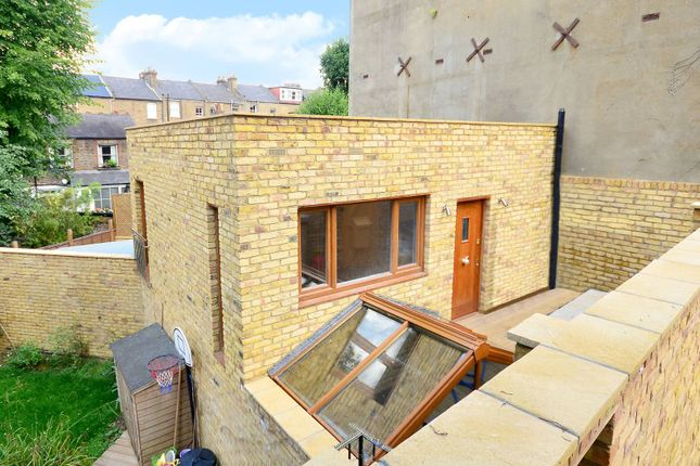 Thumbnail Property to rent in Oakford Road, Kentish Town