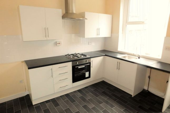 Thumbnail Terraced house to rent in Raper Street, Oldham