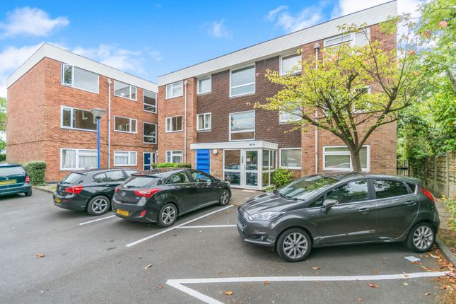 2 bed flat to rent in Old Warwick Road, Solihull B92