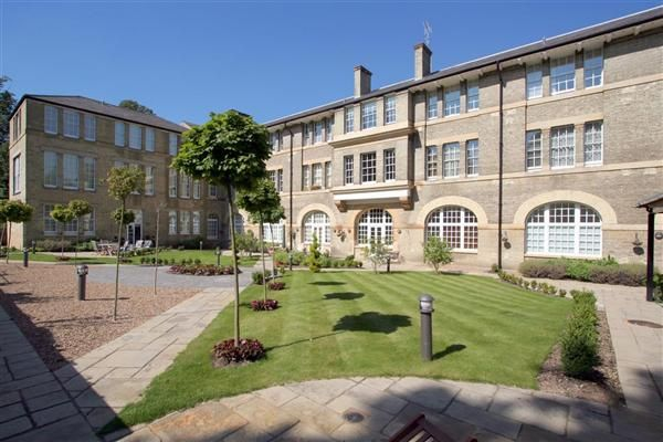 Thumbnail Flat for sale in Littlebury Court, St Vincents Lane, London