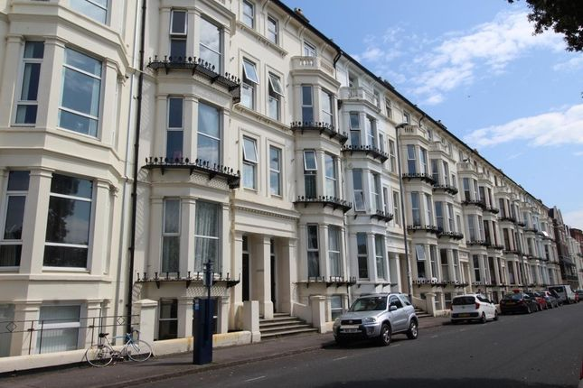 Thumbnail Flat to rent in Western Parade, Southsea
