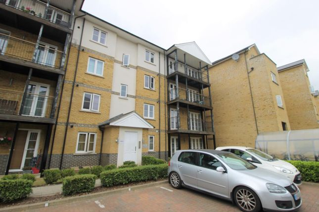 Thumbnail Flat to rent in Imperial Court, Clarendon Way, Colchester