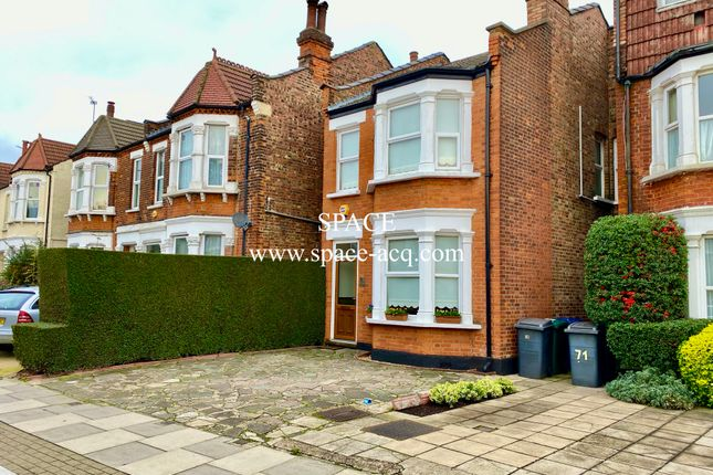 House  of Long Lane, Finchley, London N3