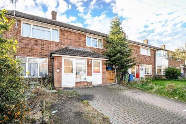 Thumbnail Terraced house to rent in Wilwood Road, Binfield, Bracknell