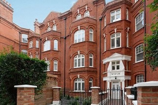 Thumbnail Flat to rent in 2 Bedroom Apartment, Hamlet Gardens, London W6CCTV, Digital TV, Lifts, Parking