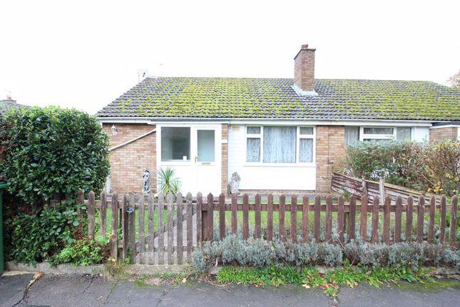 2 bed bungalow to rent in Bedgrove, Aylesbury HP21