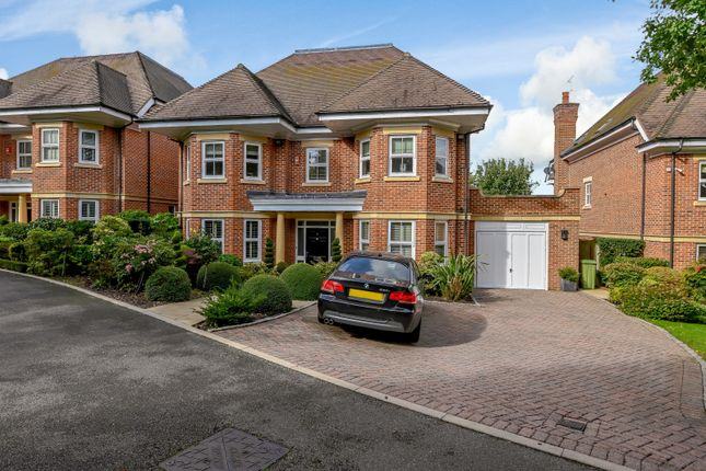 Thumbnail Detached house for sale in Glynswood Place, Northwood