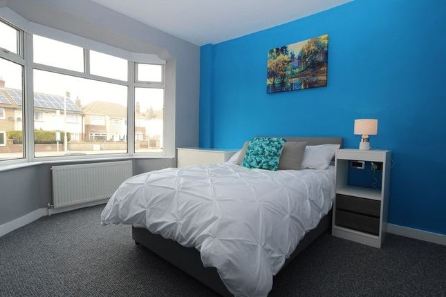 Thumbnail Room to rent in Debdale Lane, Mansfield