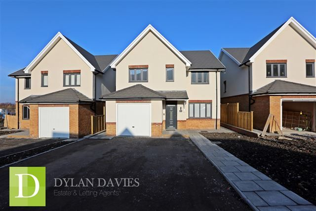 Thumbnail Detached house for sale in Clos Afon, Aberdare