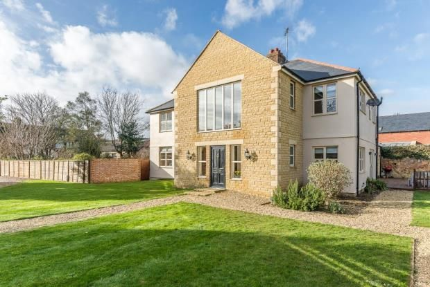 Thumbnail Detached house for sale in 53 Church Street, Market Deeping, Peterborough