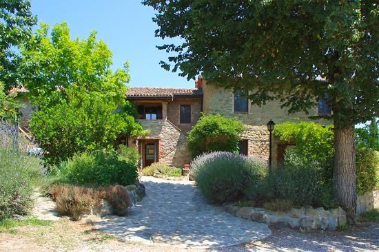 11 bed detached house for sale in Vocabolo Le Bellezze, Magione, Perugia, Umbria, Italy
