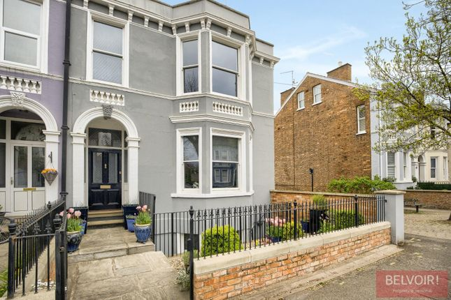 Thumbnail Town house for sale in Avenue Road, Leamington Spa