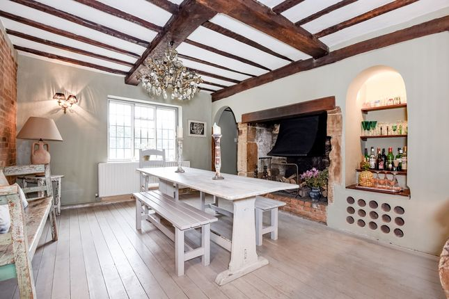 Thumbnail Semi-detached house to rent in Fletching, Uckfield
