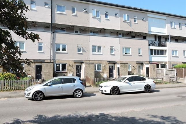 3 bed maisonette for sale in Moorfield Road, Enfield, Greater London EN3