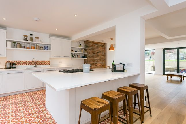 Thumbnail Terraced house to rent in Shakespeare Road, London