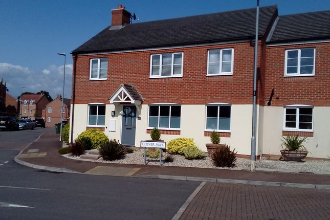 Thumbnail Flat for sale in Clover Way, Syston, Leicester