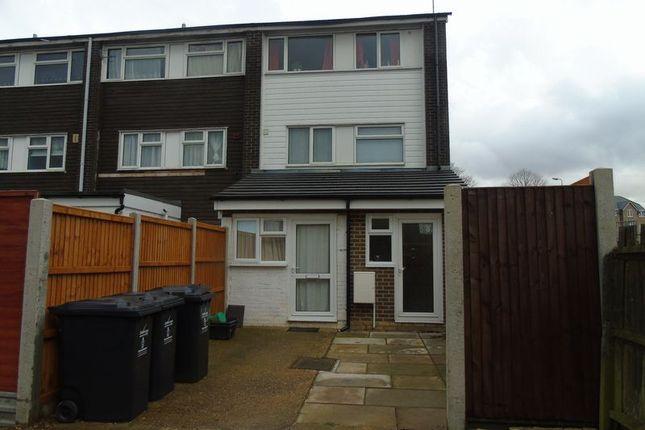 Thumbnail Room to rent in Wisden Road, Stevenage, Including Bills