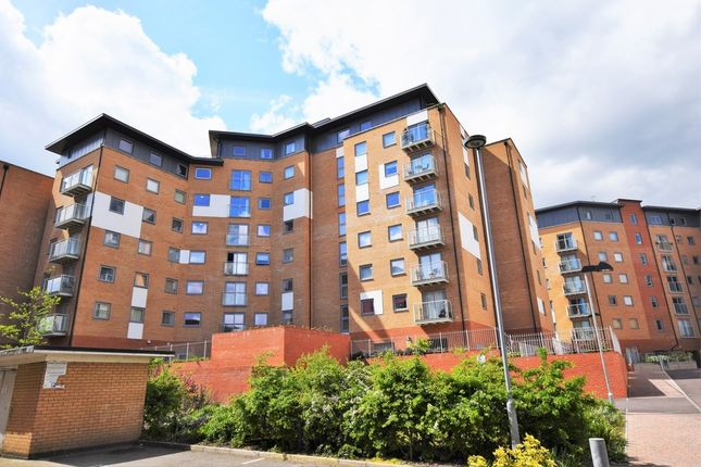 Thumbnail Flat to rent in Keel Point, Ship Wharf, Colchester, Essex