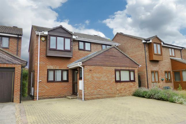 Thumbnail Detached house for sale in Mountbatten Drive, Biggleswade