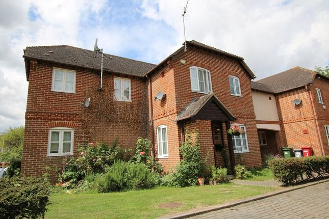 Thumbnail Semi-detached house to rent in St. Thomas Walk, Colnbrook, Slough