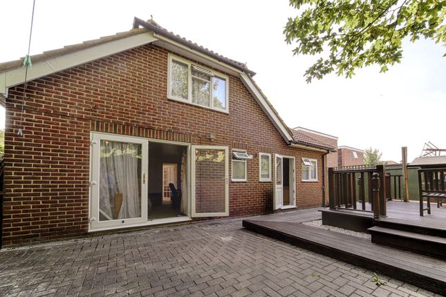 Thumbnail Bungalow for sale in Parchmore Road, Thornton Heath