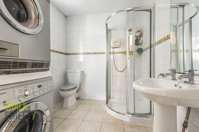 Photo 13 of Kingsley Gardens, Hornchurch RM11