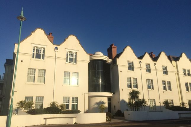Thumbnail Flat to rent in Marine Parade East, Lee-On-The-Solent