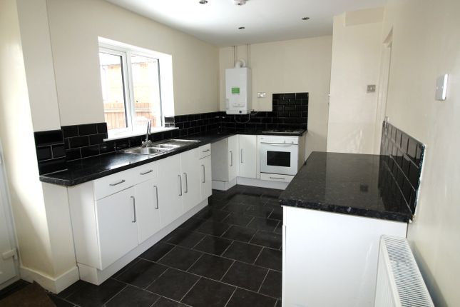 Thumbnail Terraced house to rent in Shepton Crescent, Nottingham