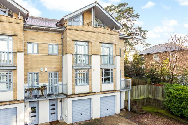 Thumbnail Terraced house for sale in Linden Fields, Tunbridge Wells, Kent