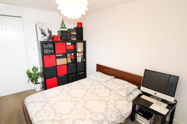 Bedroom of South Holme Court, Abington, Northampton NN3