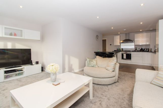 Thumbnail Flat for sale in Hamlet Court Road, Westcliff-On-Sea