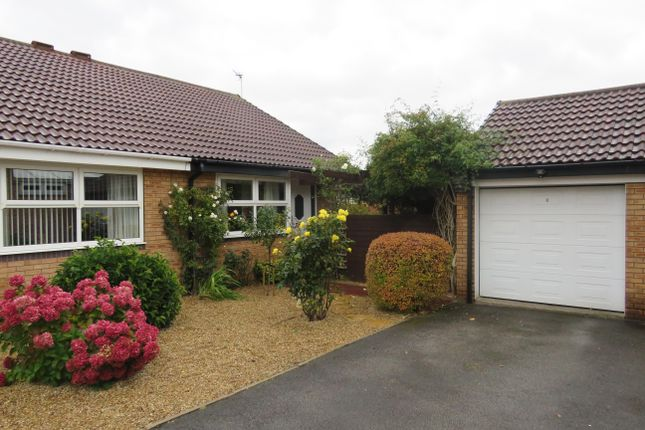 Thumbnail Bungalow to rent in Hopefield Grove, Rothwell, Leeds
