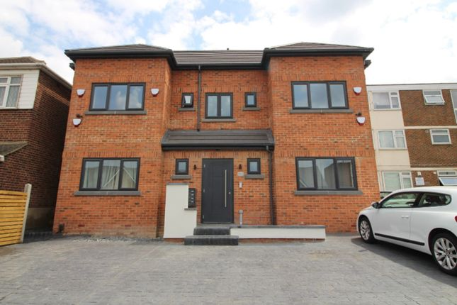 Thumbnail Flat for sale in Sewardstone Road, Chingford
