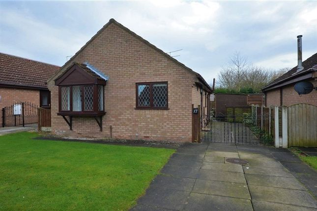 Thumbnail Bungalow to rent in Priory Way, Snaith, Goole