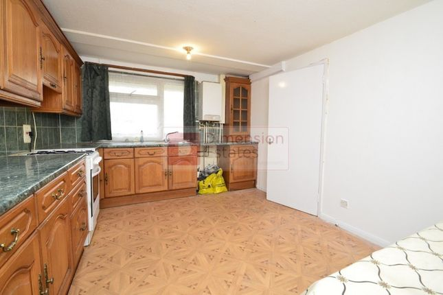 4 bed terraced house to rent in Malmesbury Road, Bow, Mile End, East London, Greater London
