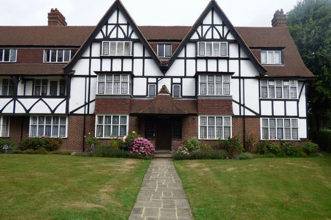 Thumbnail Flat to rent in Kent Court, Queens Drive, West Acton