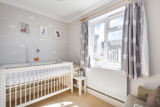 Bedroom of Brays Meadow, Hyde Heath, Amersham HP6