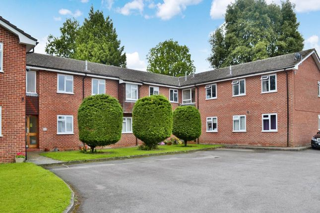 Thumbnail Flat to rent in Washbury House, Andover Road, Newbury