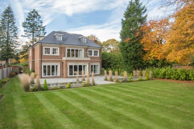 Thumbnail Detached house for sale in Kingswood, Surrey