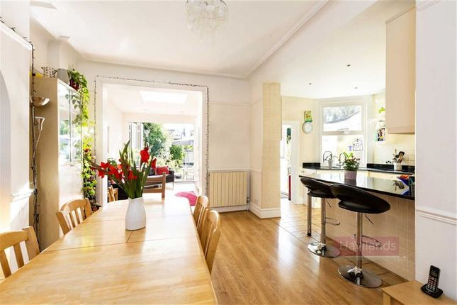 Thumbnail Property for sale in Arlow Road, Winchmore Hill, London