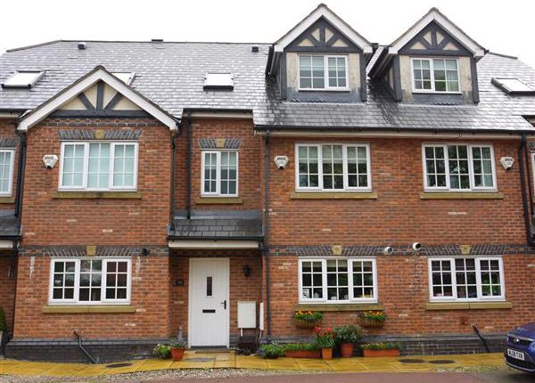 Thumbnail Town house to rent in Old Clough Lane, Worsley