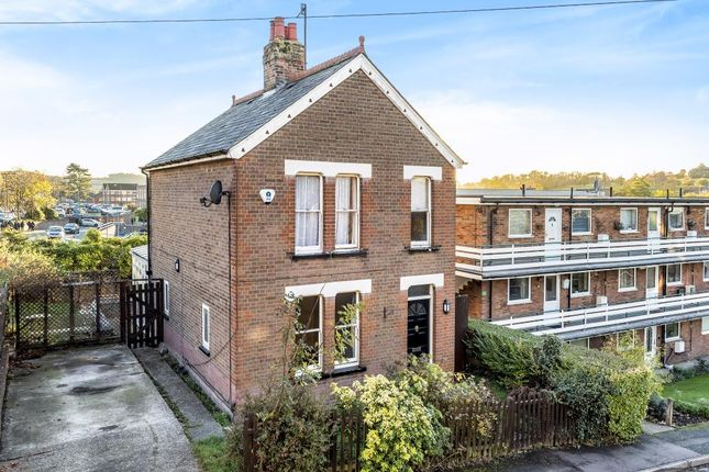 3 bed detached house to rent in Albert Road, Chesham HP5