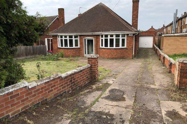 Thumbnail Detached bungalow to rent in Humberstone Lane, Thurmaston, Leicester